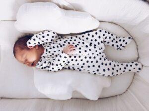 ¿Qué podemos hacer para que nuestro bebé duerma mejor?